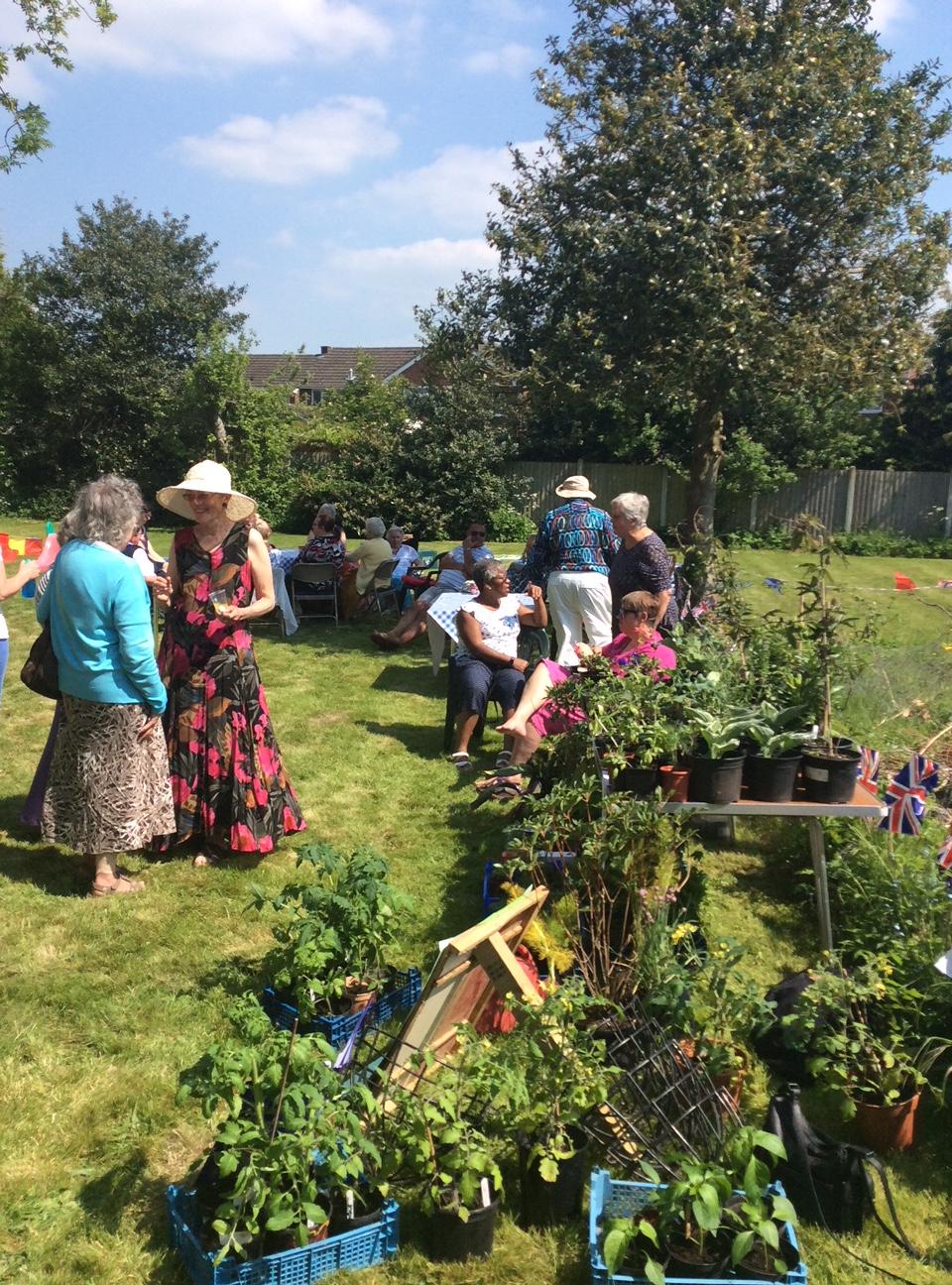 Garden Party 4